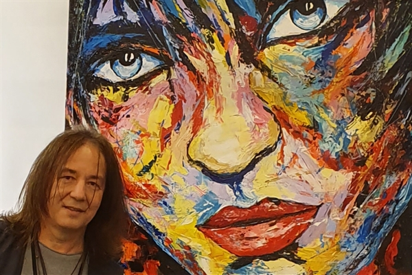 + kunstenaar+